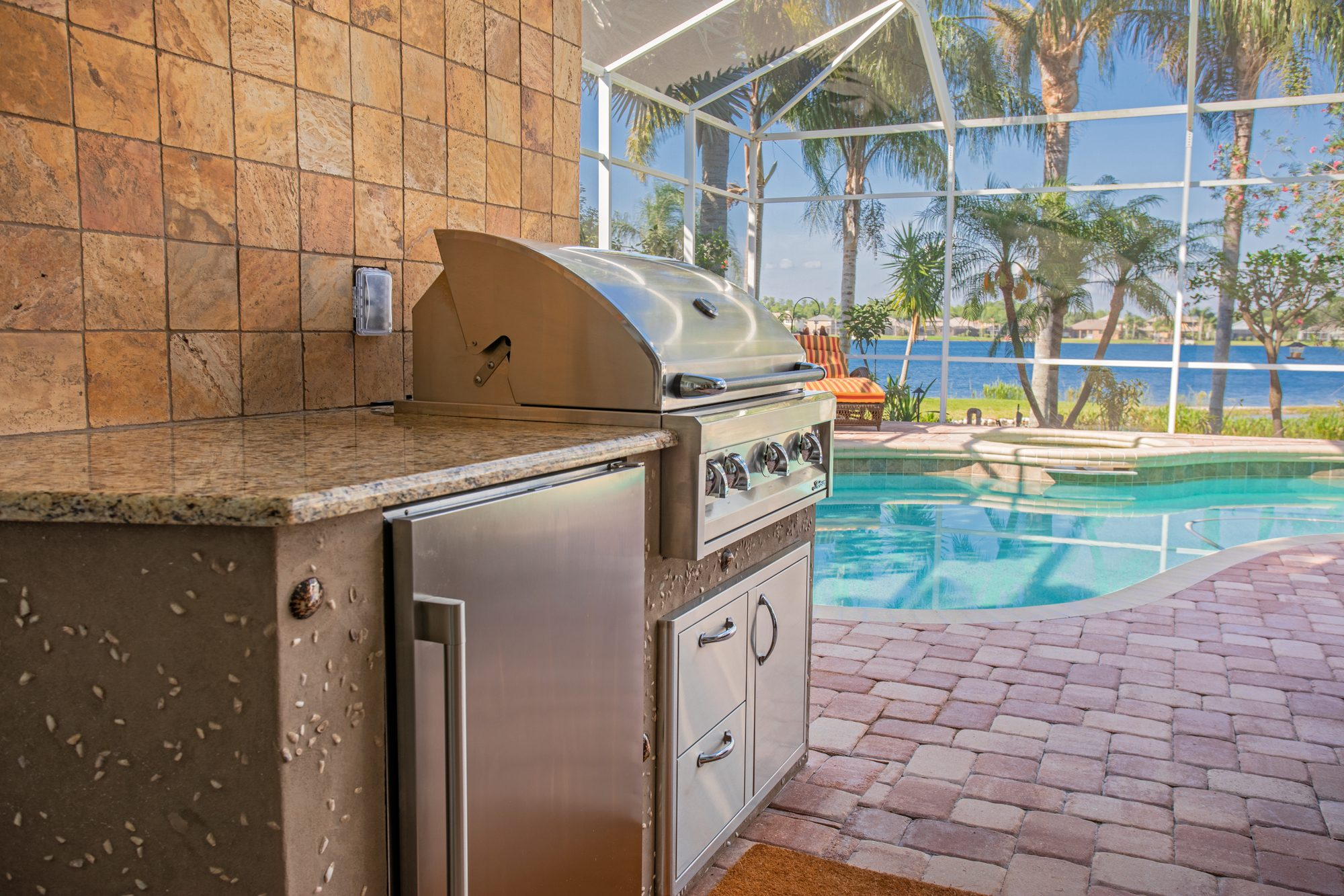 Custom Outdoor Kitchen With Seashell Finish In Odessa   Just Grillin Outdoor Living