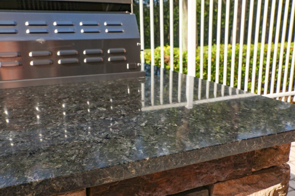 outdoor kitchen granite counter