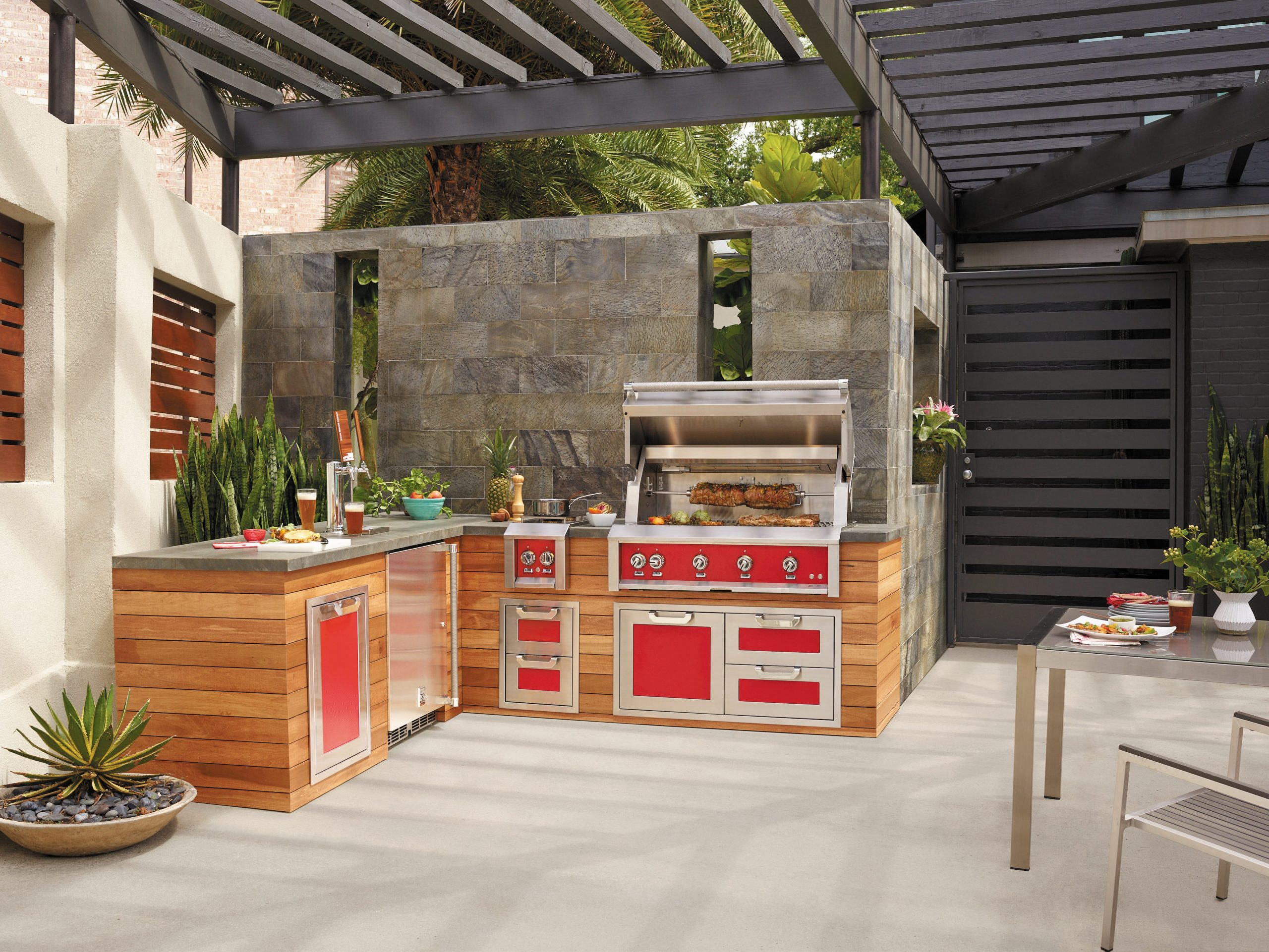 Hestan Outdoor Kitchen