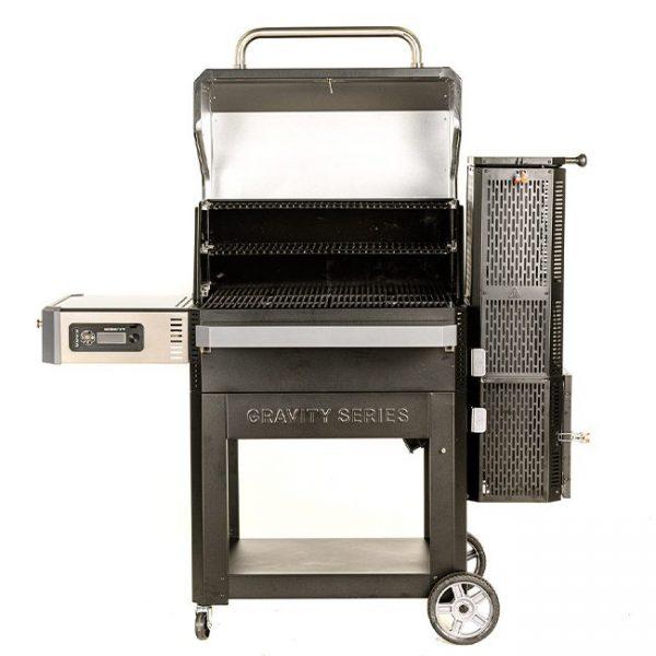 Masterbuilt Gravity Series 1050 Digital Charcoal Grill + Smoker
