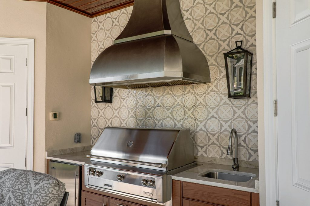 Alfresco Grill And Custom Vent Hood