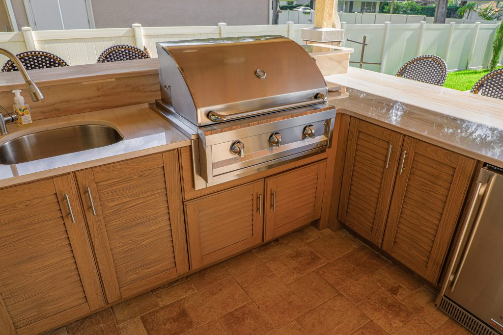 Outdoor Kitchen Cabinets And Artisan Grill
