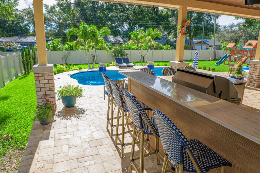 Outdoor Kitchen Bar Seating