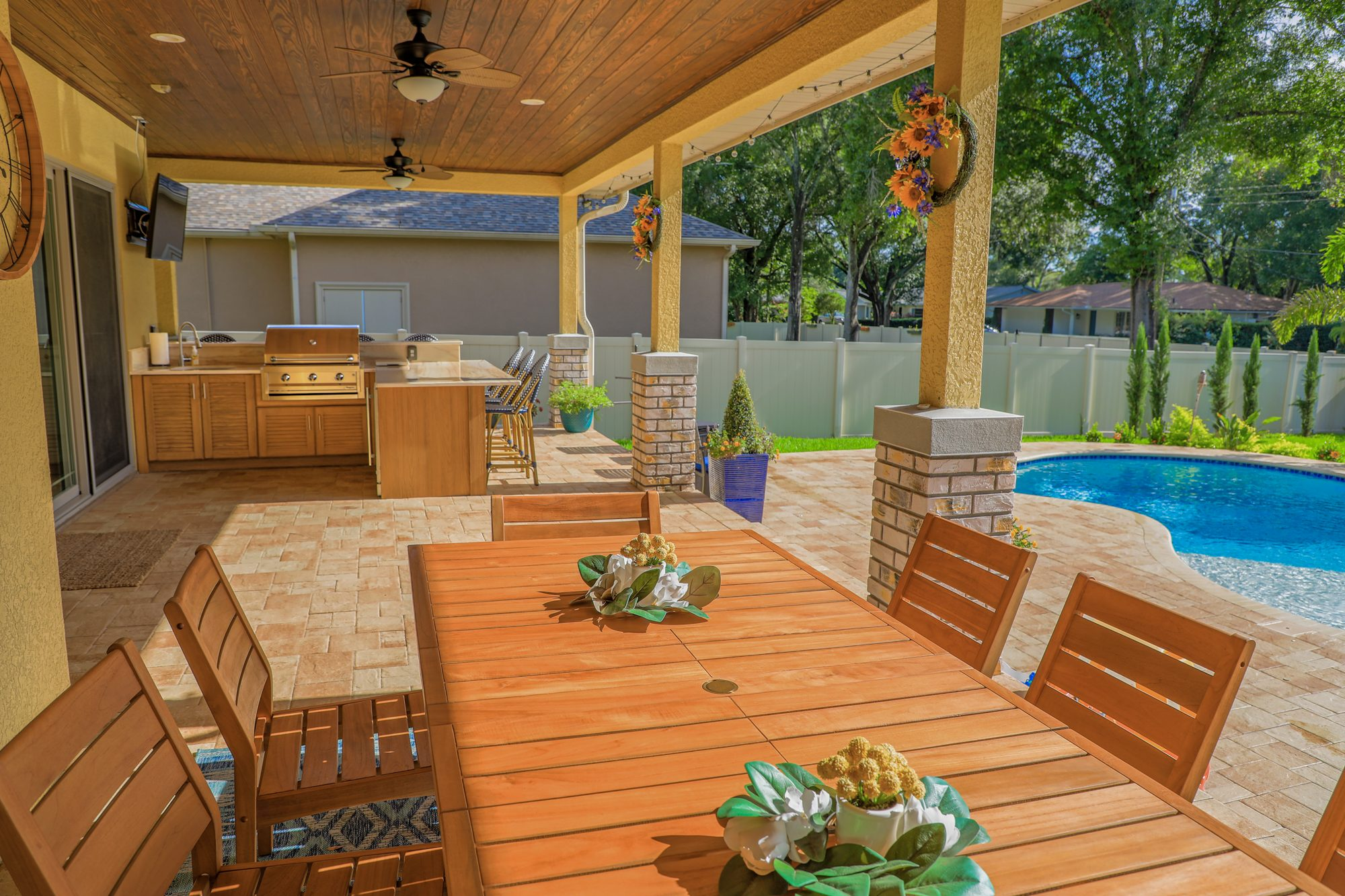 Custom Outdoor Kitchen With Bar In Tampa   Just Grillin Outdoor Living