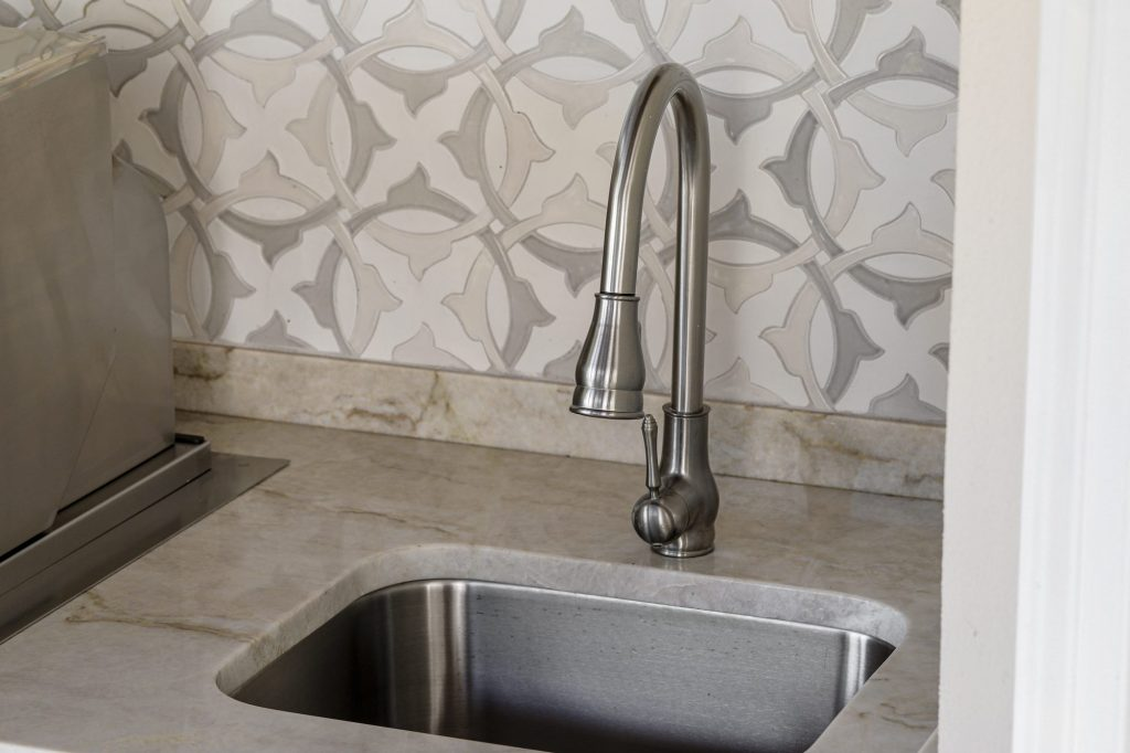 Outdoor Kitchen Sink And Faucet