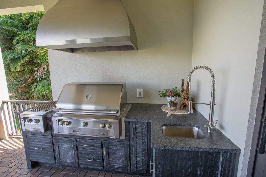 Custom Outdoor Kitchen With Custom Vent Hood In Ruskin, Florida | Just Grillin Outdoor Living