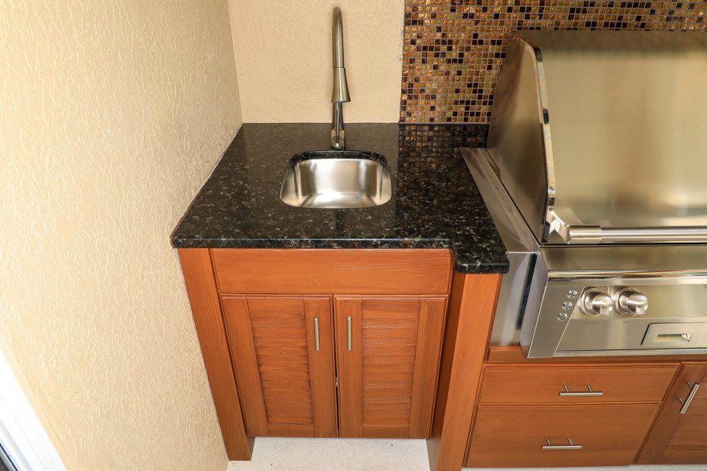 outdoor kitchen sink