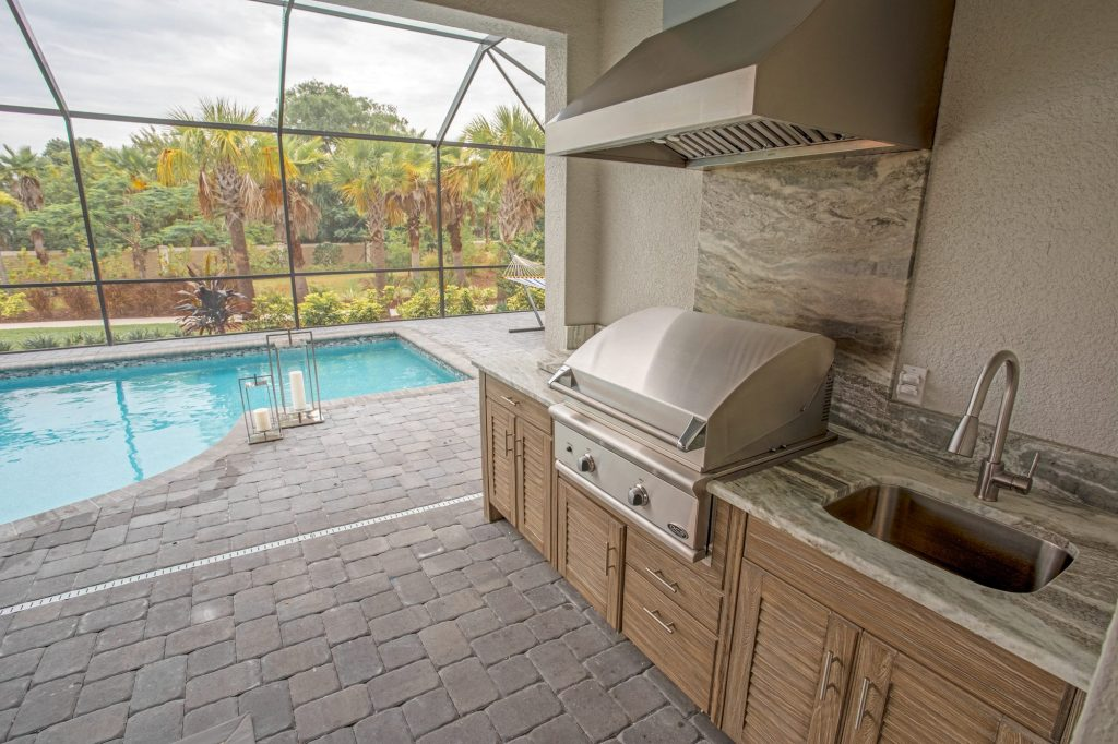 Custom Polymer Outdoor Kitchen In Tampa   Just Grillin Outdoor Living