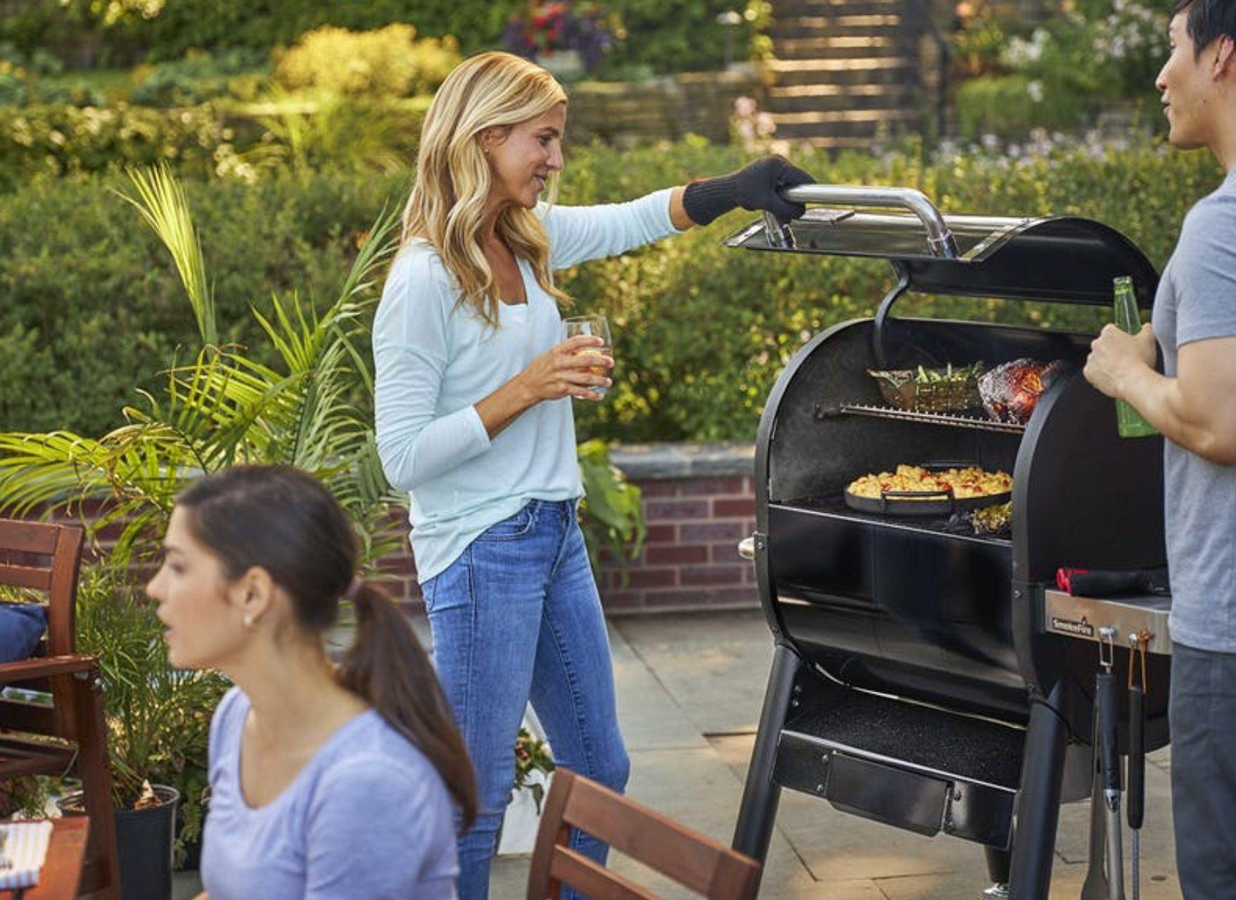 Outdoor Kitchen Builder & Grill Store - Just Grillin ...